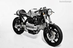 Used to be hard for me to look at a BMW and see the possibilities. This 84 BMW by Marc Robrock has totally changed my mind about this type of BMW. Moto Cafe, Cafe Bike, Cafe Racer Bikes, Cafe Racer Motorcycle, Cafe Racers, Honda Bobber, Vintage Motorcycles, Custom Motorcycles, Custom Bikes