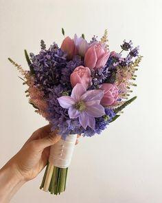 "160 Likes, 3 Comments - Kim_Yunseon (@flower__n__yunseon) on Instagram: ""_ #Weddingbouquet#bridalbouquet#bouquet . . . . #라벤더 향으로 가득했던. #purple#purplecolor #웨딩부케 #린다블라썸…"""