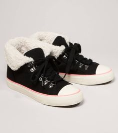 AEO FLANNEL HI-TOP SNEAKER  STYLE: 0414-2765   COLOR: 001  $34.95