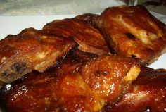 Spicy-sweet BBQ pork ribsA little sweet, a little spicy pork ribs literally melt in your mouth. Bbq Pork, Pork Ribs, Pork Chops, Pulled Pork, Slovakian Food, Pork Recipes, Cooking Recipes, Recipies, Honey Sauce