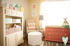 love the color scheme, and that dresser is painted in Krylon's Coral Isle...which is what I  will be painting Lola's crib :)