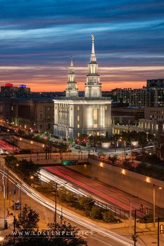 Philadelphia Temple Twilight in the City - The last light of the day fades in the City of Brotherly Love above the Philadelphia Pennsylvania Temple. Mormon Temples, Lds Temples, Lds Temple Pictures, Later Day Saints, Lds Art, Lds Church, Beautiful Buildings, Jesus Christ, Philadelphia