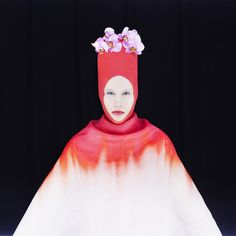 Contemporary Fashion Photography by Madame Peripetie http://www.cruzine.com/2012/10/03/contemporary-fashion-photography-madame-peripetie/