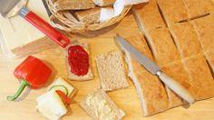 Grove scones på 1-2-3 - Lyst på ferske scones til frokost? Disse smaker nærmest som rundstykker, men lages på under halve tiden og stekes ferdig mens du dekker bordet.