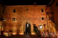 ALMA Project @ Castello Il Palagio - Amber Lighting - LED Bars - Courtyard 6