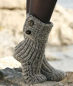 Moon Socks by DROPS Design - Cutest Knitted DIY: FREE Pattern for Cozy Slipper Boots. I love my knitted slippers, would definitely love these! Crochet Slipper Boots, Knitted Slippers, Crochet Slippers, Knit Crochet, Slipper Socks, Knit Slippers Free Pattern, Crochet Gifts, Free Crochet Slipper Patterns, Bedroom Slippers