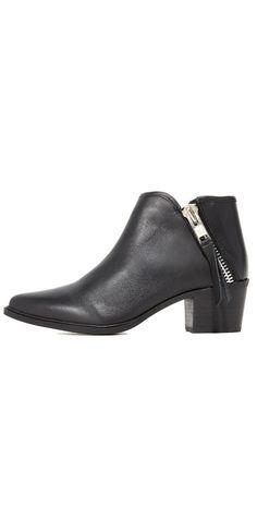 35675f38d91c 11 Best Shoes images