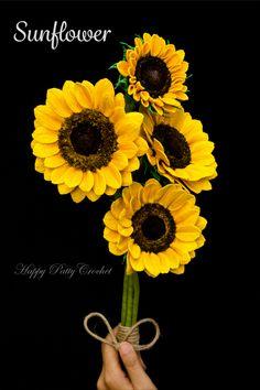 Crochet flower pattern for Sunflower by Happy Patty Crochet