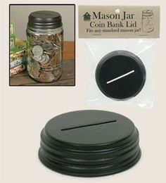 The lid will fit regular / standard mouth mason jars. This is awonderful way tore-purpose your old mason jars. Jar and coins not included. Simply screw the lid on and you've created your own coin bank ! Pot Mason Diy, Mason Jar Lids, Canning Jars, Mason Jar Bank, Uses For Mason Jars, Mason Jar Projects, Mason Jar Crafts, Diy Home Decor Projects, Diy Projects To Try