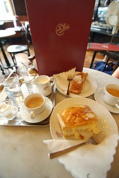 How to order a coffee in Vienna: coffees and dessert, Vienna by Flight Centre, via Flickr
