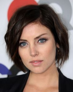 Jessica Stroup - Hollywood's Best Bob Hairstyles - Photos