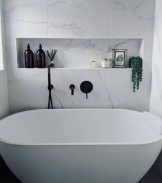 Modern Bathroom, Small Bathroom, Master Bathroom, Bad Inspiration, Bathroom Inspiration, Bathroom Renos, Laundry In Bathroom, Bathroom Goals, Bathroom Ideas