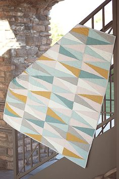 Introducing the Mod Diamond Quilt pattern! This is the modern variation in the crib size! The Kona solids used in this quilt are Peach, . Quilting Tips, Quilting Tutorials, Quilting Projects, Quilting Designs, Modern Quilt Patterns, Paper Patterns, Baby Boy Quilts, Diamond Quilt, My New Room