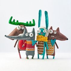 Such fun and Games with Delightfully Colorful Characters from MarliToy. Sewing Toys, Sewing Crafts, Sewing Projects, Felt Crafts, Diy And Crafts, Fabric Toys, Sock Animals, Designer Toys, Wet Felting
