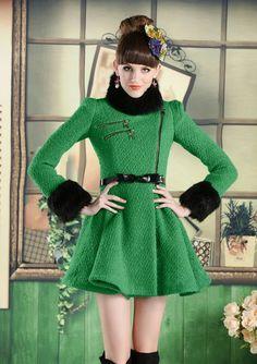Clearance : green wool winter coat fur collar golden zip unique coat final clearance ghl0016