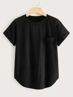 Teen Fashion, Fashion News, Fashion Online, Plus Size Intimates, Plus Size T Shirts, Pocket Detail, Color Negra, Casual Tops, Types Of Sleeves