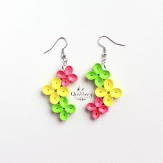 Bright and Colorful Flower Earrings - Handmade Paper Quilling Jewelry by… Paper Quilling Earrings, Paper Quilling Flowers, Paper Quilling Patterns, Quilling Paper Craft, Quilling Ideas, Paper Crafts, Paper Jewelry, Paper Beads, Jewelry Crafts