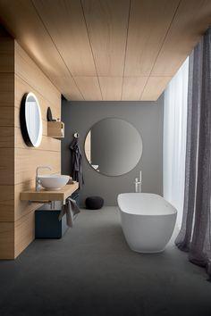 Bathtub, Mirror, Bathroom, Wall, Color, Standing Bath, Washroom, Bathtubs, Bath Tube