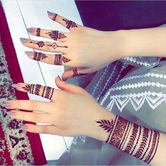 New fingers Henna designs - Henna mehndi Henna Tattoo Designs Simple, Finger Henna Designs, Mehndi Designs For Beginners, Modern Mehndi Designs, Mehndi Design Pictures, Mehndi Designs For Girls, Mehndi Designs For Fingers, Latest Mehndi Designs, Mehndi Designs For Hands