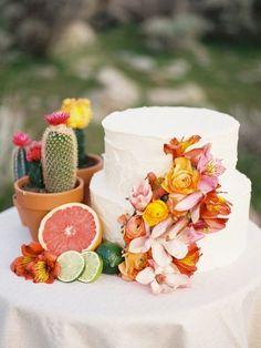 Southwestern inspired cake details @myweddingdotcom