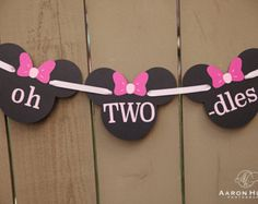 oh TWO dles Minnie Mouse banner for 2nd Birthday Party, Photo Shoot, Mickey Mouse Clubhouse, Oh Toodles | Black & Pink