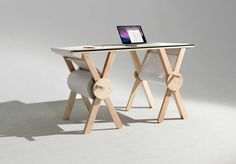 Analog Memory is a desk created by the American designer Kirsten Camara, that tries to rediscover the beauty of analog and writing on paper.Analog Memory desk (Nice Try Awesome) Diy Furniture, Furniture Design, Geometric Furniture, Furniture Making, Luxury Furniture, Design Tisch, Deco Design, Drafting Desk, A Table