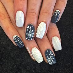 Winter nails looking great with a little bit of everything. Winter Nägel Pullover 10 Beautiful Winter Sweater Nails Featuring Nail Art Designs and Ideas Coffin Nails, Gel Nails, Acrylic Nails, Manicures, Christmas Nail Art Designs, Winter Nail Designs, Xmas Nails, Holiday Nails, Grey Christmas Nails