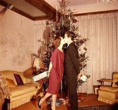 Alain Delon e Romy Schneider Christmas 1959 https://www.facebook.com/pages/ImpressioniFotografiche/224374930923327