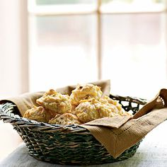 Cheddar-Bacon Drop Biscuits from Cooking Light. Used more bacon and cheese, of course. Cooking Light Recipes, Baking Recipes, Bisquick Recipes, Brunch Recipes, Snack Recipes, Easy Recipes, Healthy Biscuits, Drop Biscuits, Down South