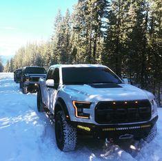 Snow Raptor! . Owner: @dieselace . #addoffroad #addictivedesertdesigns #fordracing #fordtrucks #fordraptor #fordf150 #f150raptor #fordoffroad #ford #raptor #2017fordraptor #2017raptor #raptors #offroading #offroad #trucks #prerunner #4x4 #truckporn
