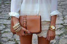 Camicia/Shirt: Sheinside - Shorts: Dinodirect - Tacchi/Heels: Asos - Clutch: Oasap  #Style #woman #trend #moda #fashion
