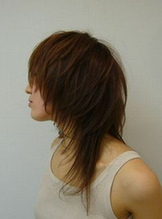 Srsly considering a less extreme version of this Japanese mullet.