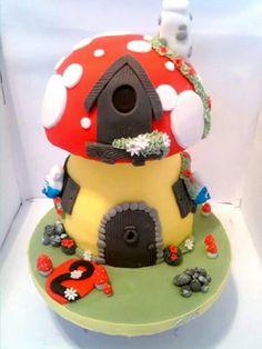 Smurf strumf house 3D cake