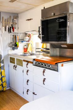 Making the Most of a Small Kitchen by @thenoshery! Fantastic post.