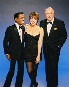 Liza, Frank and Sammy when they did The Ultimate Event Tour 1988-89 - and WOW was that a treat to see!