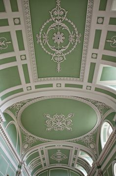 theladyintweed: TheLadyInTweed The interior of Milton in Cambridgeshire The English Country House by James Peill Source Ceiling Detail, Ceiling Design, Ceiling Ideas, Ceiling Art, Foo Dog, Classic Interior, Beautiful Buildings, Beautiful Architecture, Architecture Details