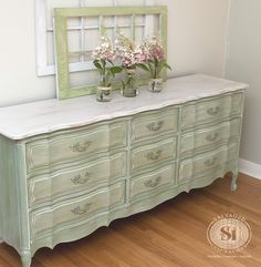 Loving this Shabby French Dresser. And this page includes a great step by step white wash tutorial on how to achieve this look!