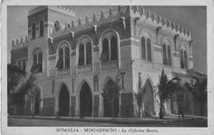 - History of Somalia - Wikipedia Monumental Architecture, Horn Of Africa, National Museum, Notre Dame, Oriental, Louvre, History, Building, Travel