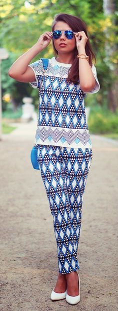 Zeliha's Blog: Blue Short Sleeve Geometric Print Top With Pant