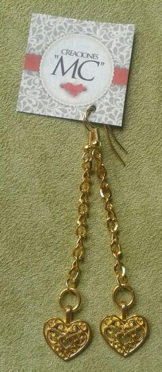 Aretes largos corazón y cadena, color dorado...