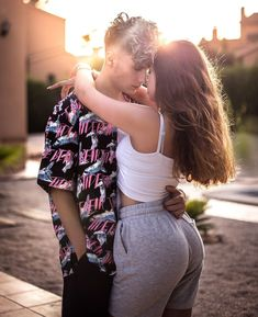 Cute Girl Face, Couple Aesthetic, Love Birds, Couple Goals, Cute Girls, Couple Photos, Instagram, Photography, Ideas