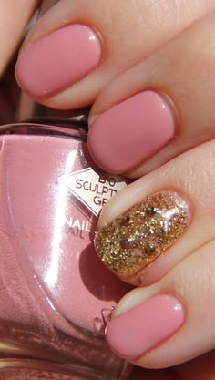 Bio Sculpture Vintage Africa and Jubilee manicure. Click through for more swatches!