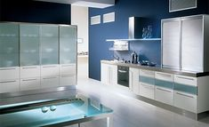 blue wall kitchen-glas table