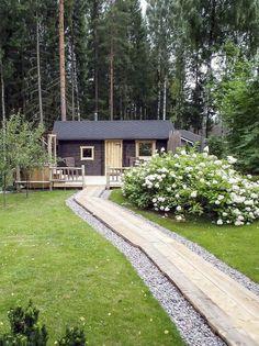 Katsaus piharakennuksiin – helppoja piharakennuksia pihaan ja rannalle - Suomela - Jotta asuminen olisi mukavampaa