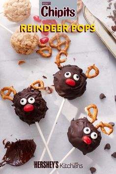 Just like Rudolph, you'll go down in history when you bake with deliciously rich CHIPITS semi-sweet chocolate chips. This easy and cute CHIPITS Reindeer Pops recipe is a fun way to get the kids involved in the holiday baking.