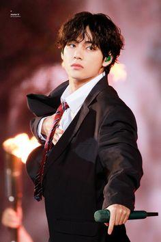 BTS V wins the title of 'The Most Handsome Man in The World Daegu, V Taehyung, Namjoon, Bts Kim, V Bts Cute, World 2020, V Bts Wallpaper, Korean Boy, Most Handsome Men