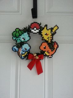 Couronne de Noël Pokemon par BurritoPrincess sur Etsy