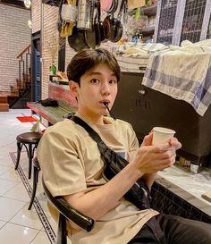 Boyfriend Pictures, Boy Pictures, My Boyfriend, Taehyung, Cute Asian Guys, Kissing In The Rain, Boy Models, Thai Drama, Dream Boy