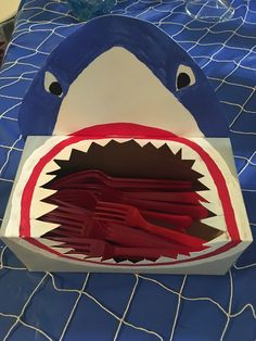 shark party ideas Best Picture For Nerf Gun Birthday Party decorations For Your Taste You are lookin Dinosaur Birthday Party, Pirate Birthday, 3rd Birthday Parties, Boy Birthday, Shark Birthday Ideas, Shark Party Decorations, Baby Shark, Shark Shark, Whale Sharks