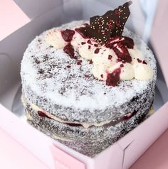 We LOVE @whatsarahbakes_ cakes!! They're just so pretty. This is a chocolate lamington cake with a berry compote. YUUUMMM 🤤 Order yours now!!   📷 @whatsarahbakes_ Berry Compote, Stuff To Do, Berries, Cheesecake, Cakes, Chocolate, Pretty, Desserts, Food